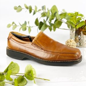 Ecco Windsor Apron Toe Loafer Slip-On Dress Shoe